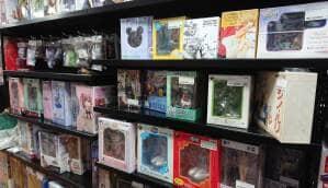 ブックオフ 新宿西口店 フィギュア 01