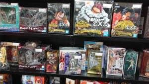 ブックオフ 新宿西口店 フィギュア 05